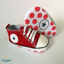 Baba tornacipő kocsicipő piros
